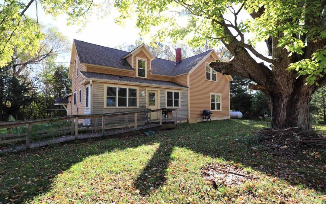 61330 Vista Rd. Ashland, WI 54855